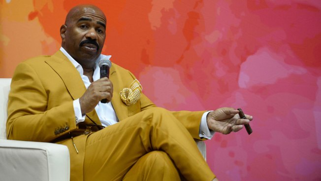 Steve Harvey Throws Support Behind Colin Kaepernick National Anthem Protest