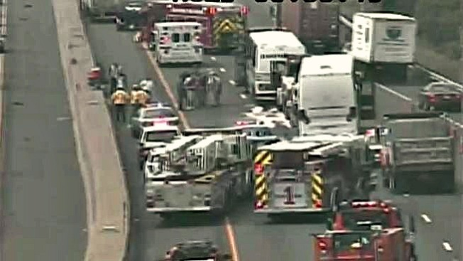 9 Injured as 2 New York-Bound Buses Collide on I-95