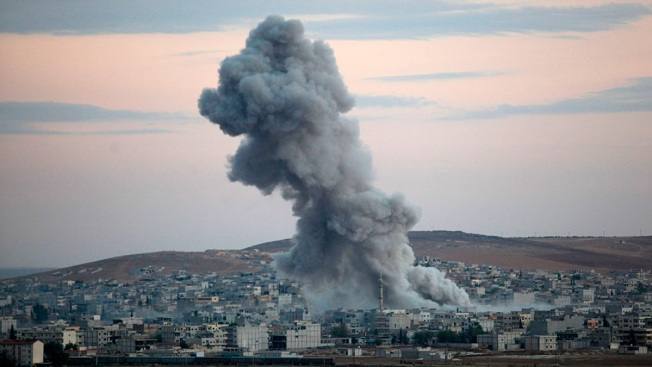 US-Led Coalition Strikes Pro-Assad Forces in Syria