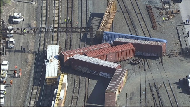 Amtrak delays after Bronx freight derailment; no injuries