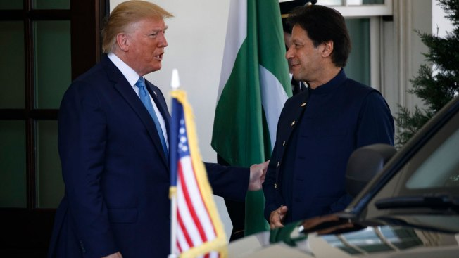 Trump Wants Pakistan to Help 'Extricate' US From Afghanistan