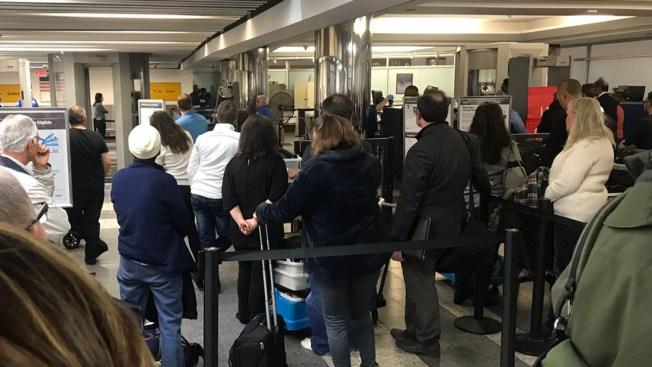Security Line Shut Down at LGA for 40 Minutes: TSA