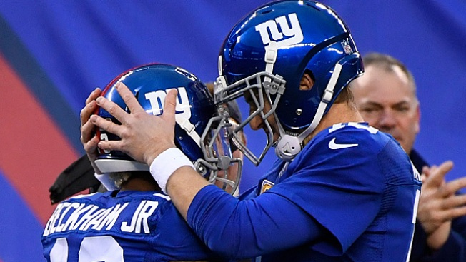 Giants Need Eli to Mirror Peyton to Ensure Playoff Success