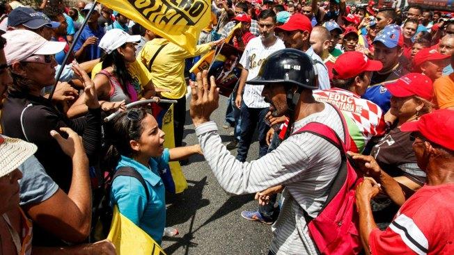 Opposition Cries Dictatorship After Venezuela Blocks Maduro Recall