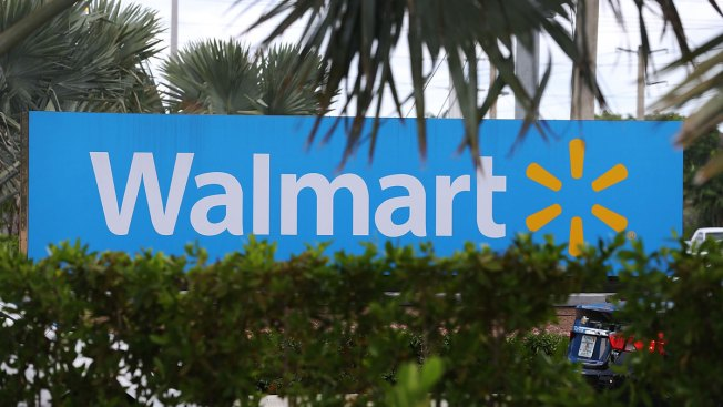 Wal-Mart to Cut Hundreds of Jobs: Sources