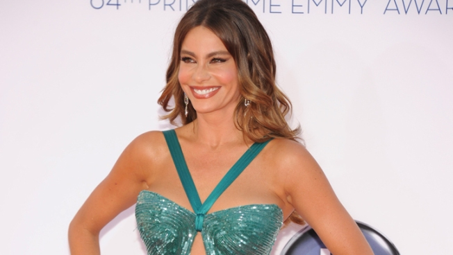 Vergara and Klum Add Sizzle to Emmy Red Carpet
