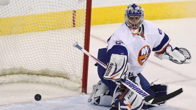 Tavares Scores SO Winner, Islanders Top Jets 5-4