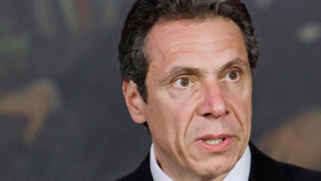Cuomo Wants Tougher Penalties for Texting While Driving