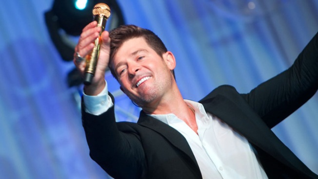 Robin Thicke Photo Scandal: Mystery Girl Confirms Butt-Grabbing Photo is Real