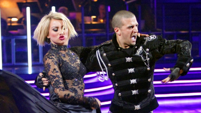 """DWTS"" Features Wardrobe Boo-Boos"