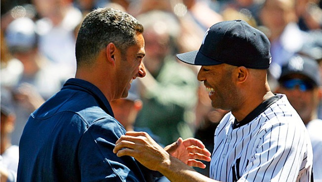 Yankees Win Home Opener After Posada Tosses First Pitch