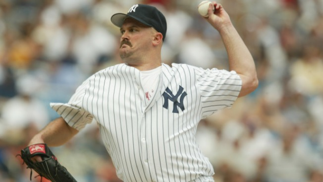 """David Wells Threatens to """"Knock Out"""" Joe Torre"""