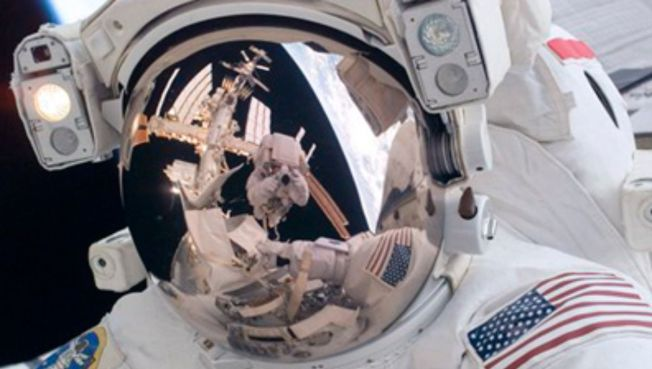 Spacewalkers Try to Track Down Glitch
