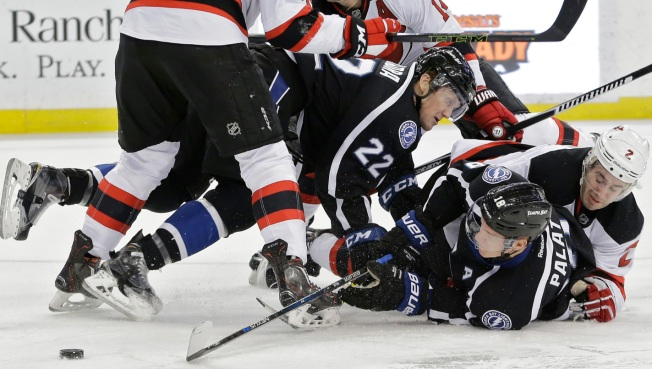 Devils Falter, Lose to Lightning 3-1