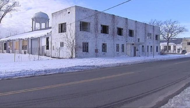 LI Residents Fear Toxic Plume Fallout