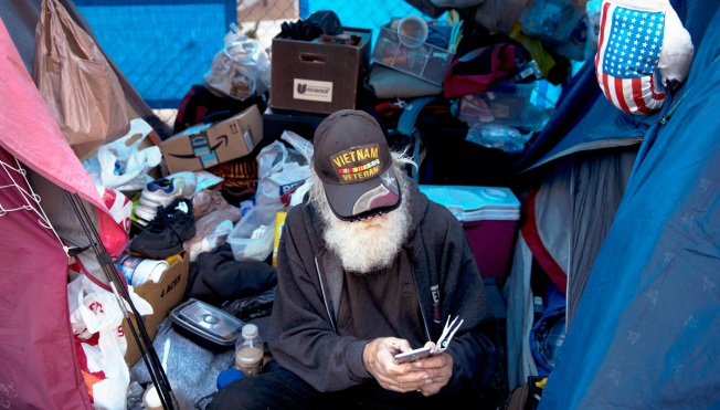 For the First Time in 7 Years, There Are More Homeless in US