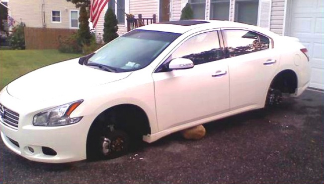 """""""Rim Reapers"""" Busted, Accused Of Car Rim Rip-offs"""