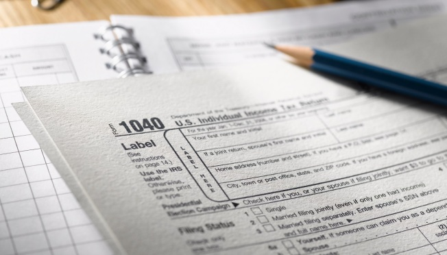 Last-Minute Tax Day Filing: How to Pay Uncle Sam at Deadline