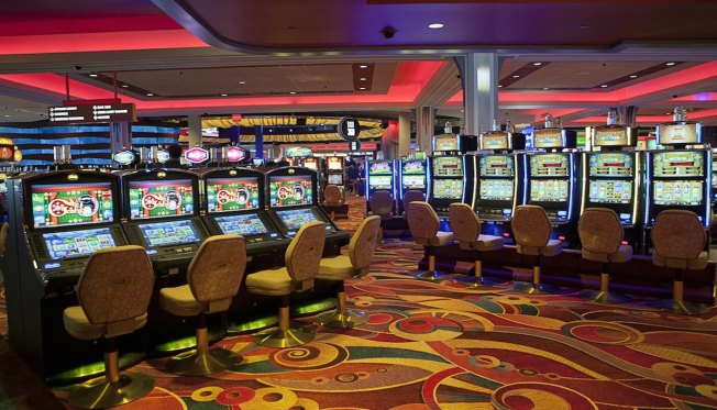 Woman Showed $43 Million Jackpot at Queens Casino Told Slot Machine Malfunctioned