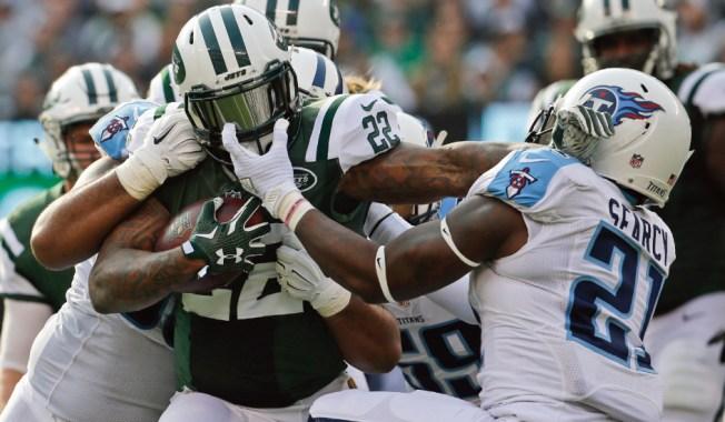 Jets Belittle Titans 30-8