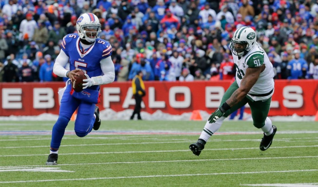 No Playoffs for Jets After 22-17 Loss to Bills