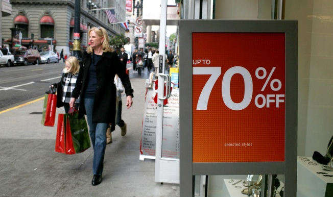 Bargain-Hunting Heaven as Retailers Hit Rock Bottom