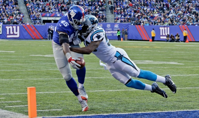 Giants Lose to Panthers, 38-35, Comeback Thwarted by Newton