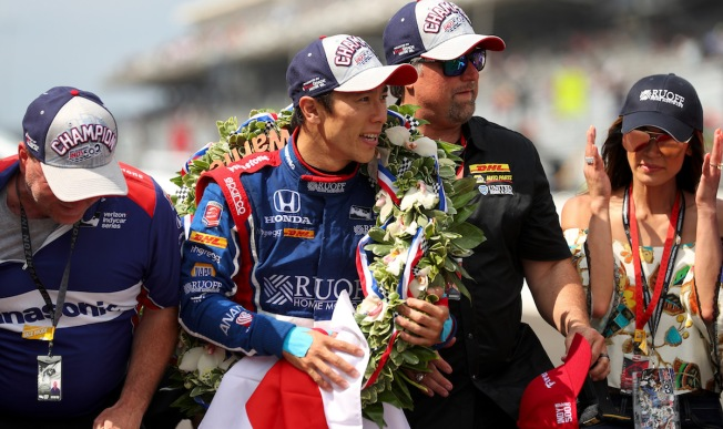 Sato holds off Castroneves to give Andretti another Indy 500 win