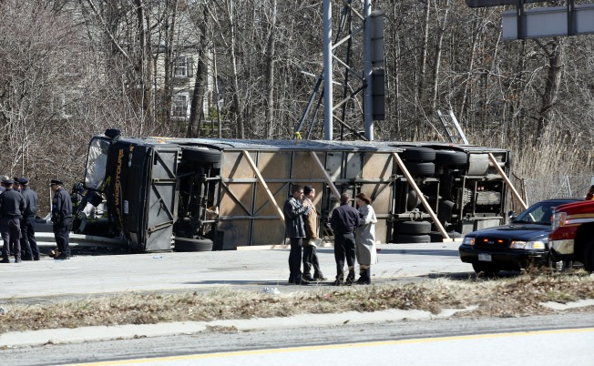 Feds to Scrutinize Tour Bus Industry