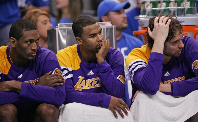 Lakers Forfeit Game 2 Lead to Oklahoma City Thunder