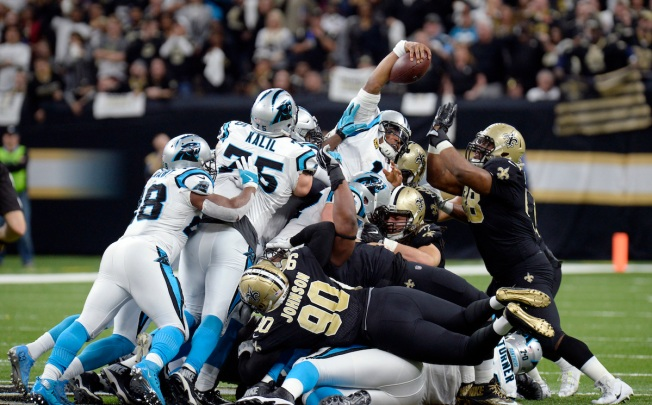 Saints' Cam Jordan sends Cam Newton a bottle of wine after game