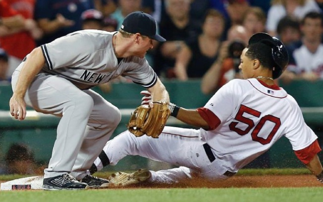 Red Sox Top First-Place Yankees, 5-3