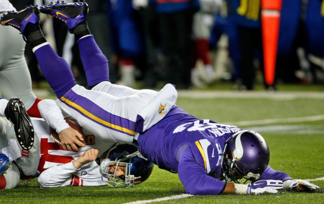 Giants Pulverized by Vikings 49-17