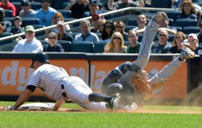 Yanks Falter, Lose 3-2 to Rays