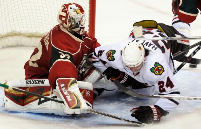 NHL Last Night: Blackhawks Win Team-Record 9th Straight