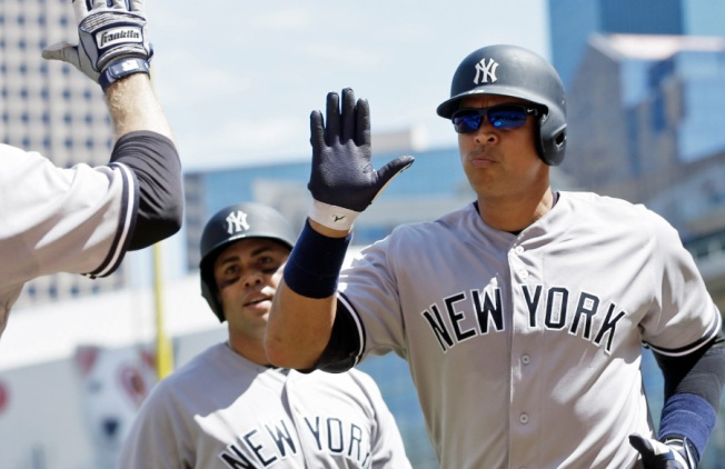 Yanks Rally Late to Pull Off 7-6 Win Against Twins