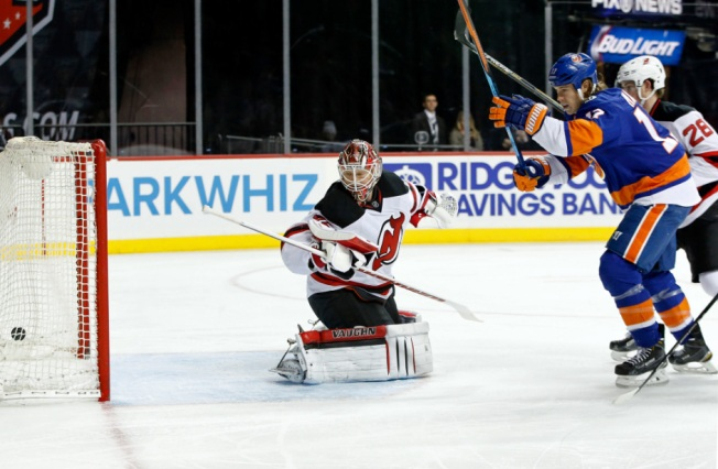 Greiss, Islanders Shut Out Devils 4-0