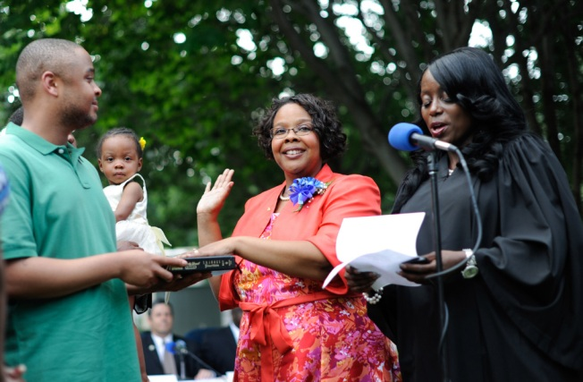 Teaneck's Mayor, 1st African American Woman to Hold the Office, Dies at 44