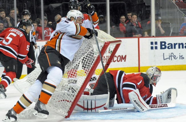 Devils Manage Late Goal in 2-1 Loss to Ducks
