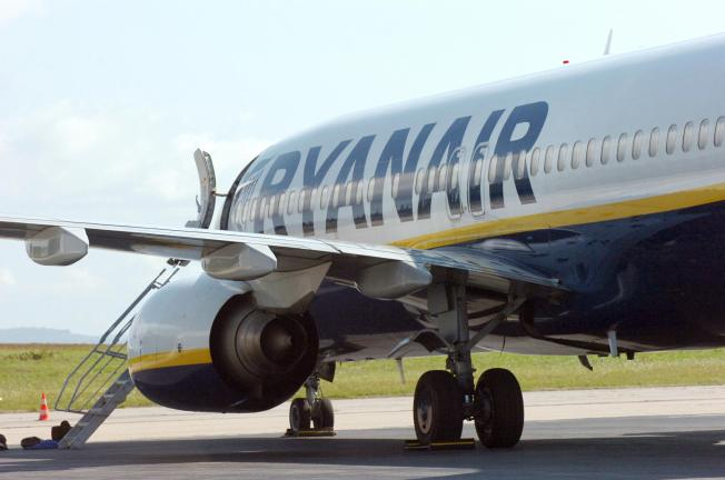 Irish Airline Takes a Mid-Air Dive