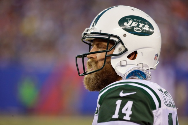 Fitzpatrick Pilots Jets Past Giants, 28-18