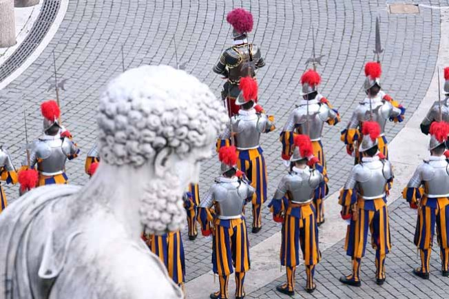 Swiss Guards Swear Even Their Lives to Protect the Pope