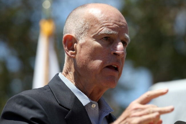 Calif. Gov. Vetoes Semi-Automatic Rifle Ban