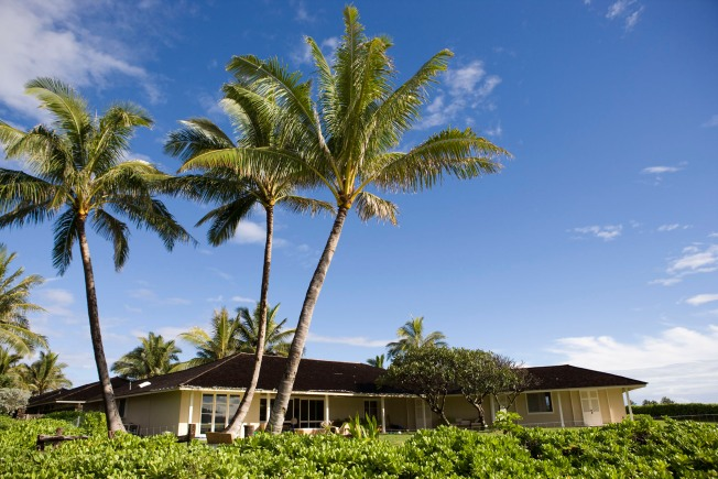 Obamas Rent $9 Million Hawaiian Beach Home