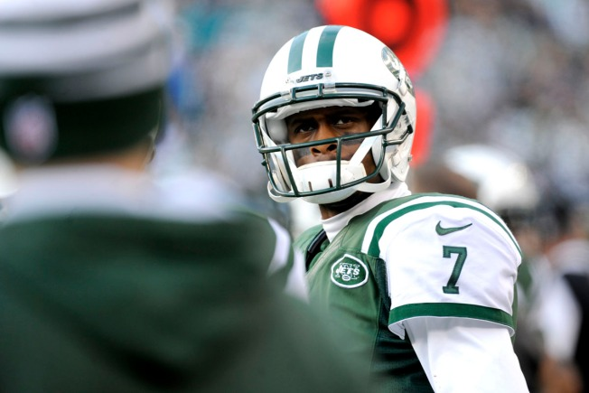 Jets' Geno Smith Receives Apology From Airline After Flap