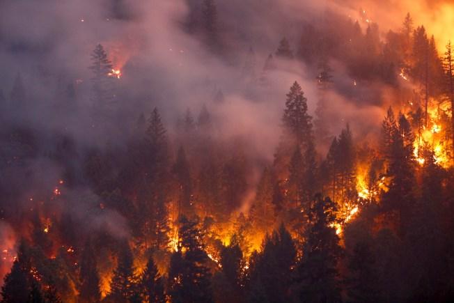 [NATL-BAY]PHOTOS: Carr Fire in Shasta County Destroys Homes, Kills 8