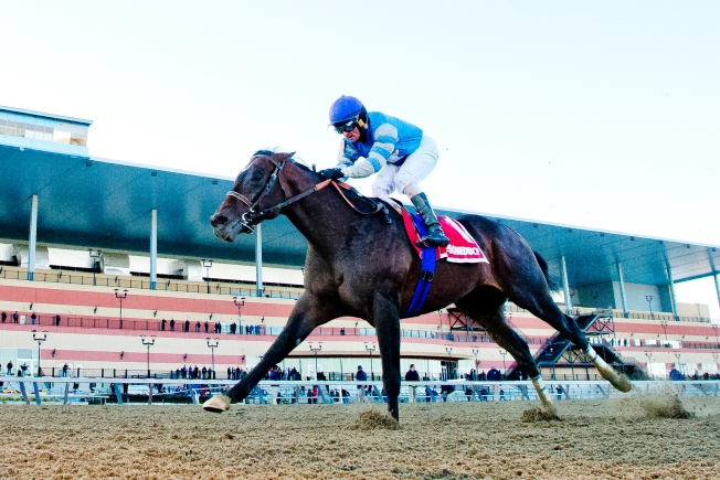 Always Dreaming, the 9-2 favorite, wins Kentucky Derby in the slop