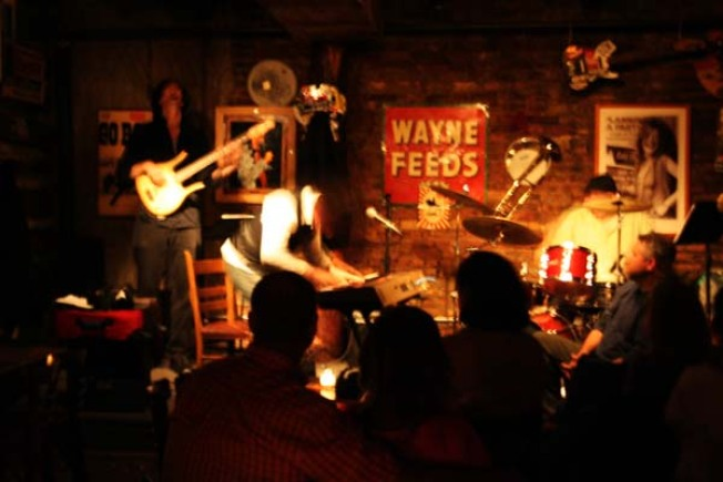 Rodeo Bar Pays Tribute to Hank Williams