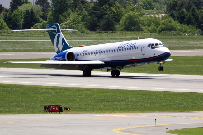 AirTran Apologizes to Detained Muslims