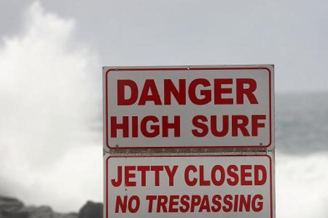 1 Swimmer Dies, Another Missing in Hamptons Rip Tide